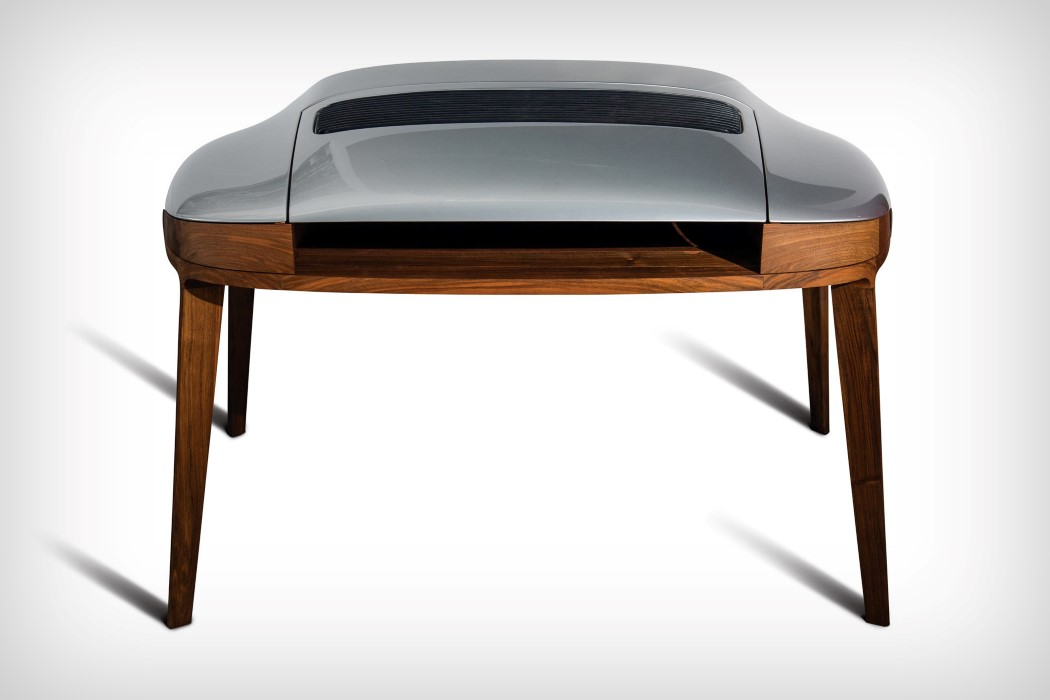 Porsche 911 Writing Desk is made using real car parts and looks very alike