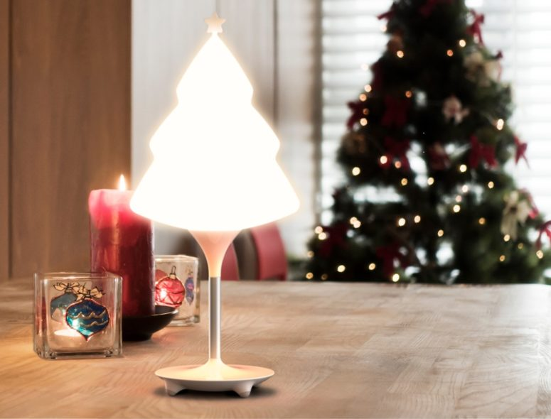 SNO Tree lamp will easily bring a cool Christmassy feeling at once