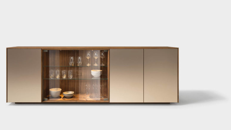Warm and comforting, the sideboard feels great to touch, and will look chic and elegant for a long time