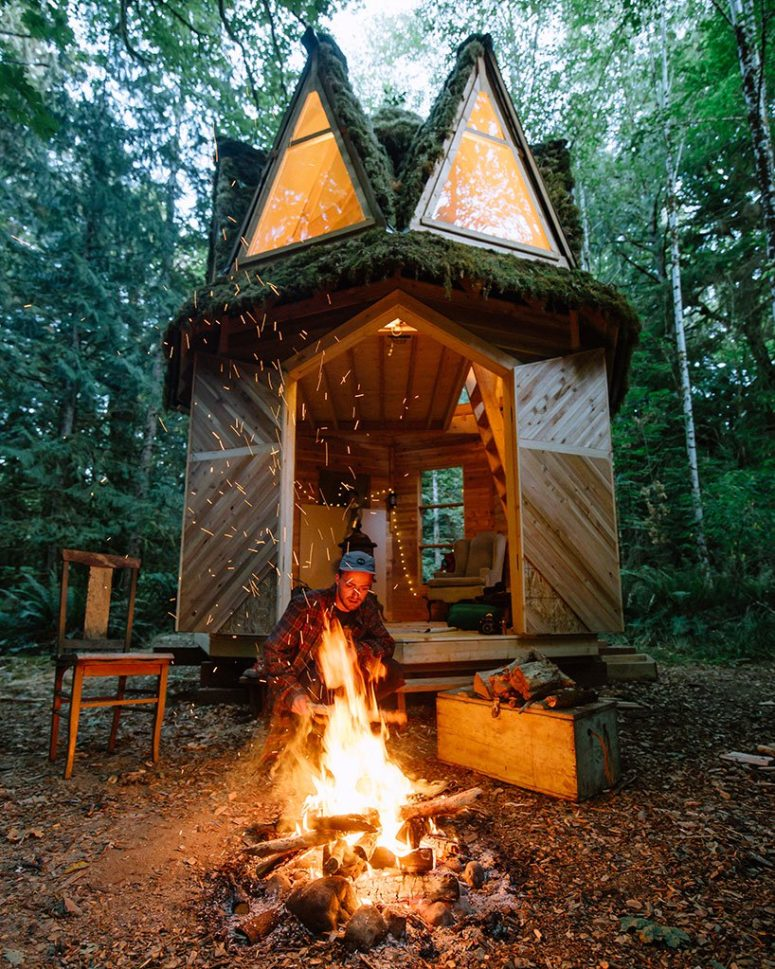 This is a great option for those who love to live in the forest and relax