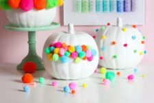 10 colorful pompom pumpkins are great for Halloween, fall and Thanksgiving parties in bold shades