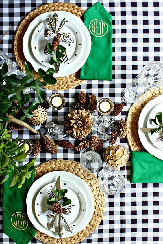 add bright emerald and green touches to your Thanksgiving tablescape, plus pinecones