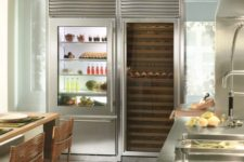 20 the fridge shows off perfect order inside, which should be kept there all the time for a chic look