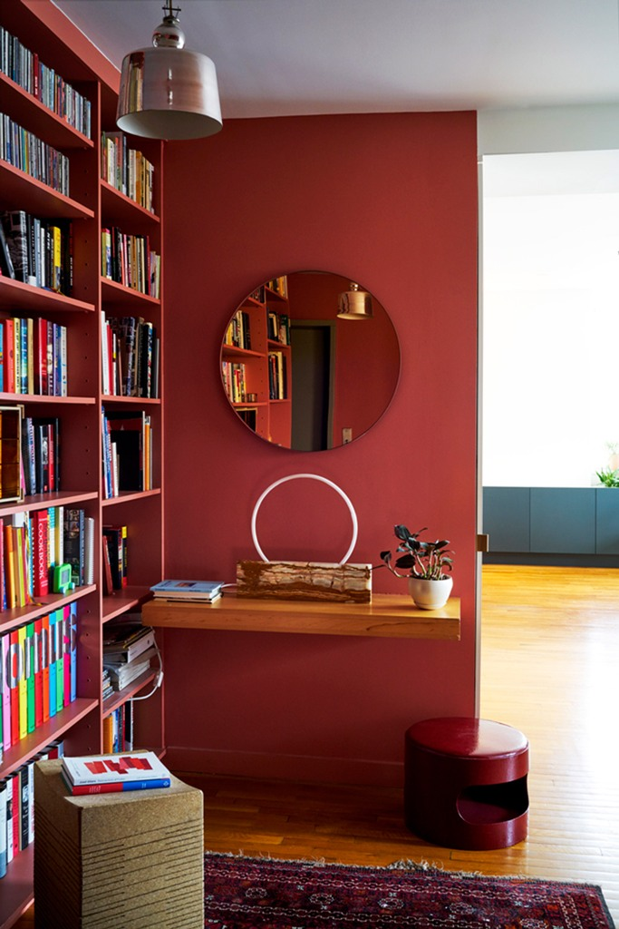 Bold Jewelry-Inspired Modernist Apartment