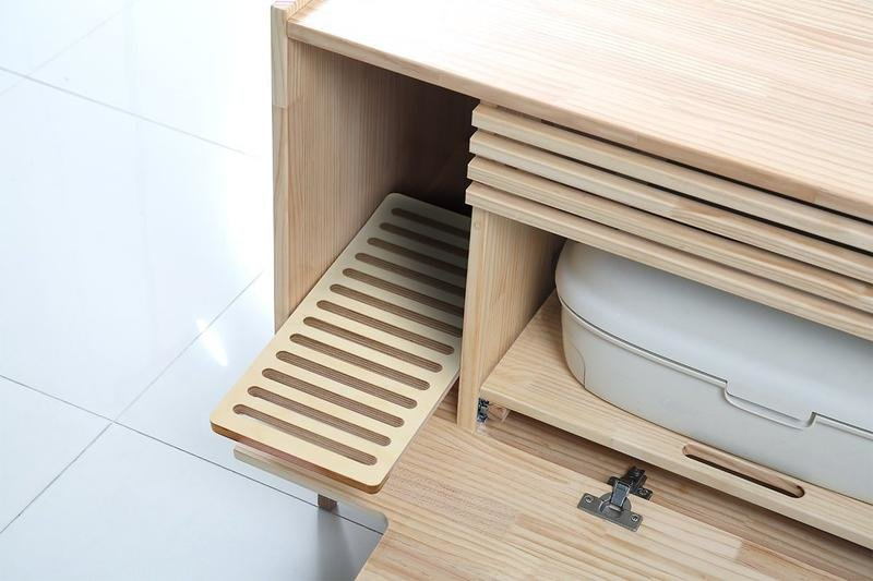 The fornt opens up for easy cleaning anytime and every detail is thought over for a stylish look