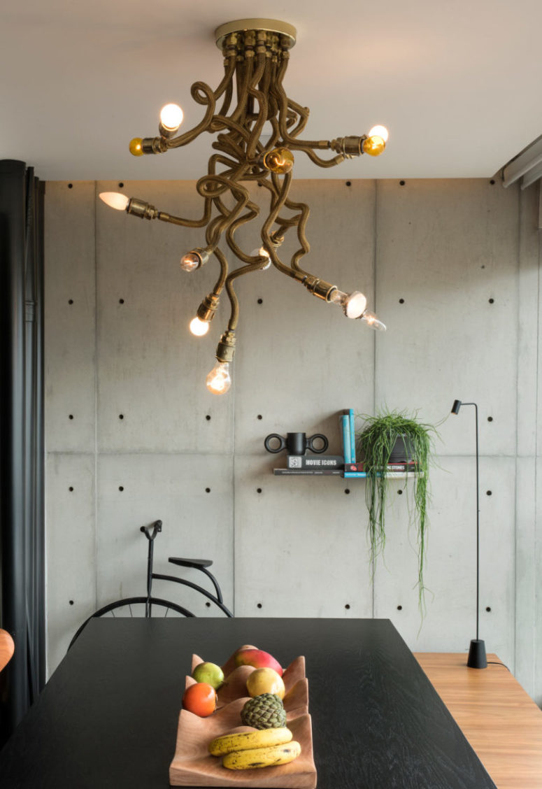 Look at this gorgeous upcycled chandelier created right for the space