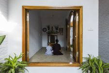 06 There's a private pray space inside the home, which is kept darker and can be hidden from the eyes