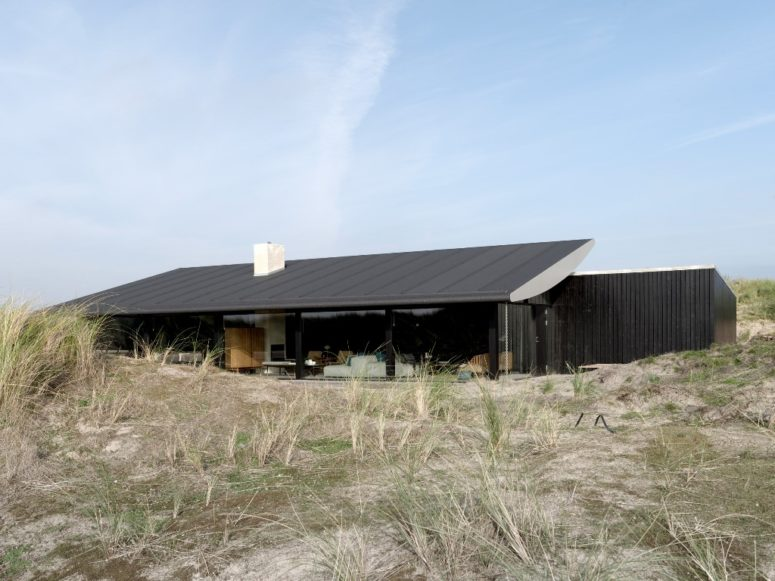 Fano House is a summer house in Denmark, which is designed to relax and feel close to nature around