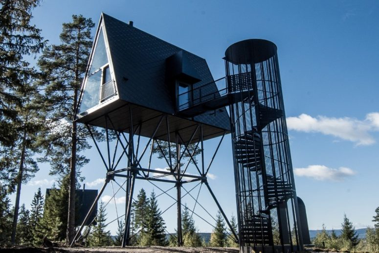 Treetop Cabin House To Tickle Your Childhood Fancy