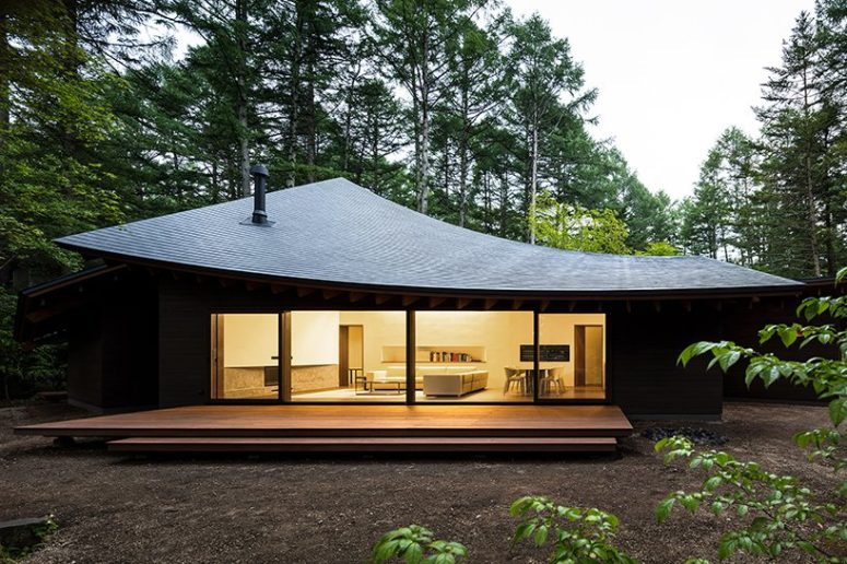 Minimalist Four Leaves Weekend Villa In Japan