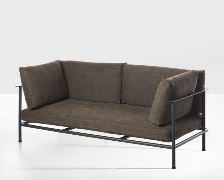 Elodie is a comfortable modern sofa, which comprises a metal frame and some soft cushions