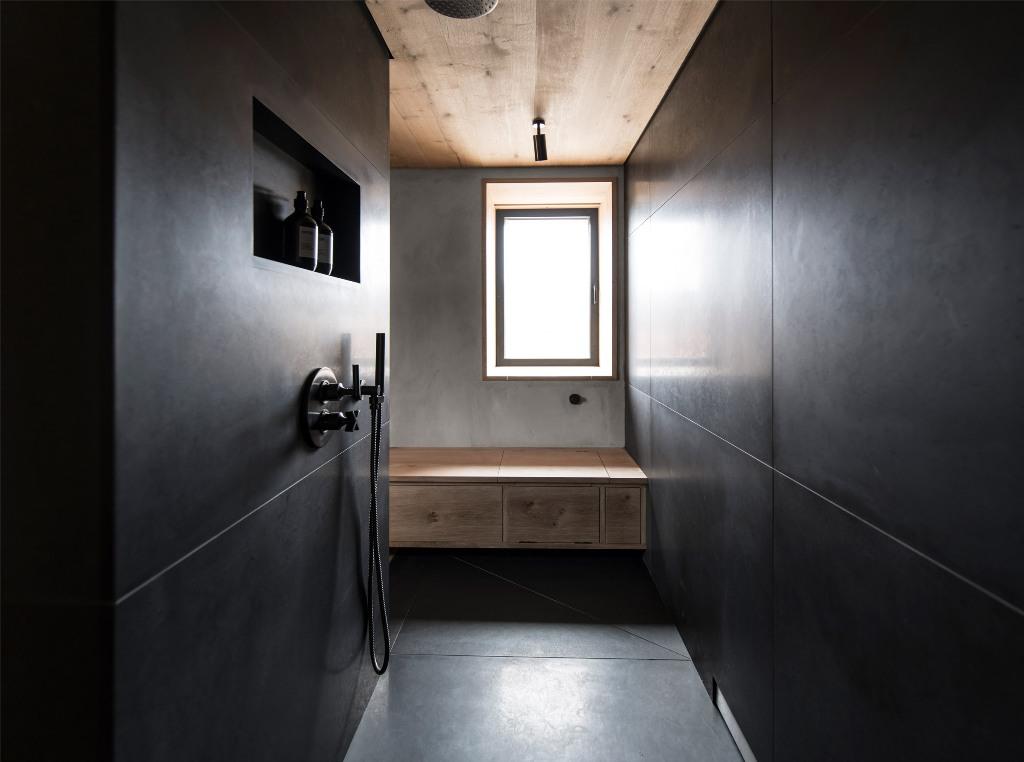 glam moody bathroom design