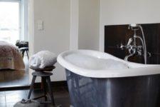 black and whtie bathroom design
