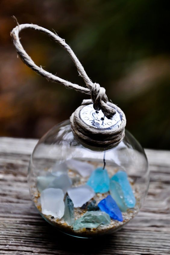 a beach glass ornament with sand and sea glass is easy to DIY for your beachy tree