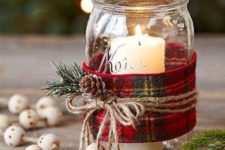 16 DIY some Christmas scented candles to fill the space with adorable holiday aromas