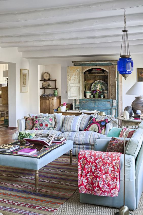 hang a bright lamp in Moroccan style to accent the space, it'll be an unexpected piece