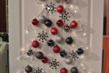 25 a Christmas tree can be created on a door, too, no floor space is required here