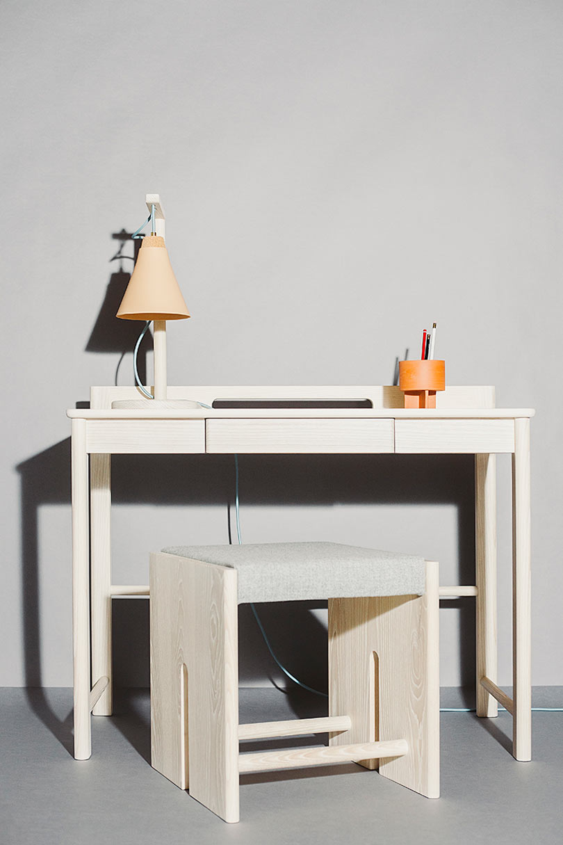 a minimalist desk design suitable for modern interiors