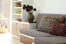 10 a built-in seating with storage drawers is a nice idea for a kitchen, it's a ready breakfast nook with storage