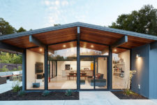 01 This mid-century modern home is done in classic Eichler style, there are no trendy touches, only mid-century modern classics