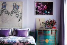 03 a bold bedroom with lilac walls, turquoise and emerald furniture and purple and pink details