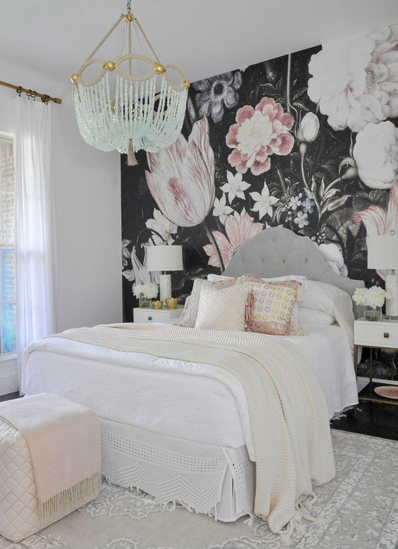 a dark floral statement wall is a beautiful idea for a girl's bedroom, looks very bold and whimsy