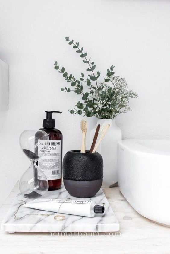 even a minimalist bathroom will profit from chic and bold accessories like these ones