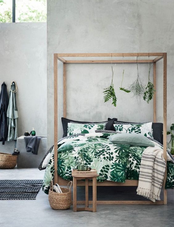 green and white leaf print bedding for a natural feel in your bedroom