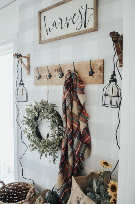 seasonal decorating is also welcome to make your entryway more special and very welcoming