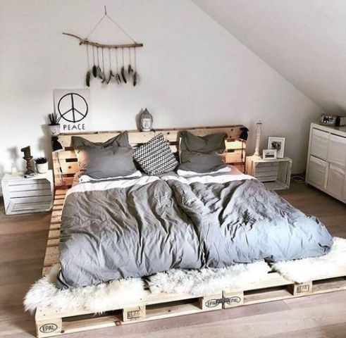 25 Pallet Beds And Daybeds For Indoors And Outdoors Digsdigs