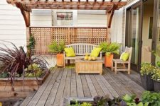 07 a bright summer deck decorated with orange and neon green touches for a bright ambience