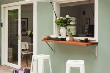 a small and cozy outdoor bar couter