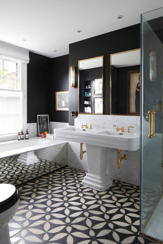 25 Eclectic Bathrooms That Really Inspire - DigsDigs