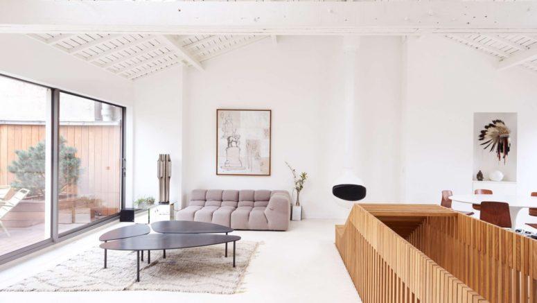 Parisian Penthouse That Embraces Its Heritage