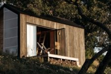 01 This tiny cabin was built to reconnect to nature and forget about daily routines