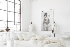 11 crispy white bedding with soft texture is always a good idea to feel luxurious while sleeping