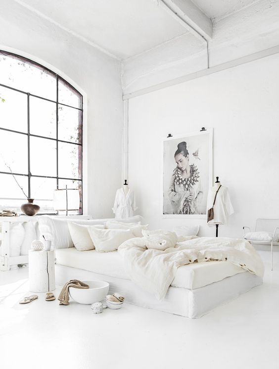 crispy white bedding with soft texture is always a good idea to feel luxurious while sleeping