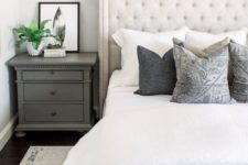 12 place a lot of pillows and add color and pattern to your bed with them