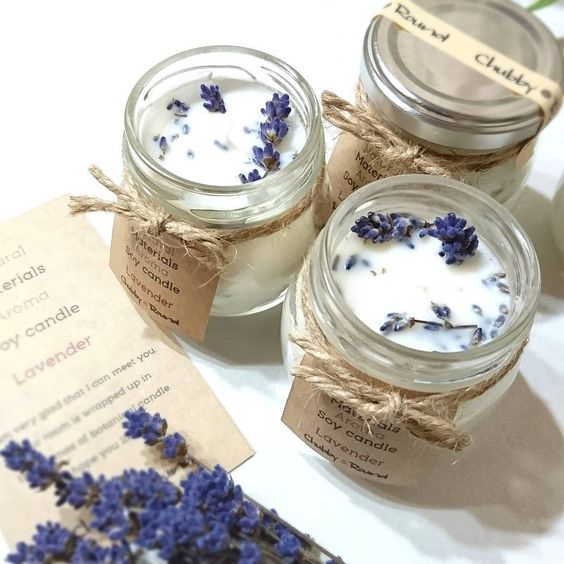amazing aroma lavender candles with labels can be easily DIYed and you'll enjoy the scent