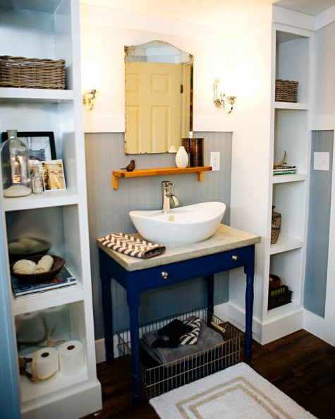 two Ikea Kallax shelving units are used as effective and comfy open storage units are amazing for every bathroom