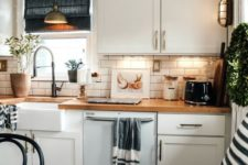 23 under cabinet lights are very practical if you cook, peel and prepare here a lot