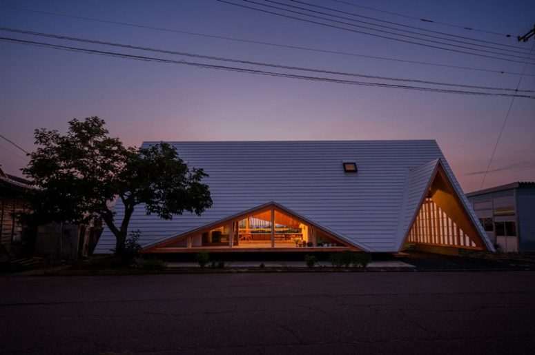 Minimalist House Shaped As A Wooden Tent