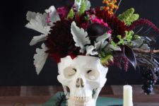 a skull could be a perfect vase for a halloween centerpiece