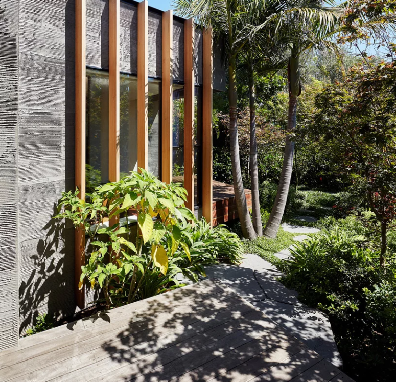 The garden and landscaping on the whole here were also remodeled with the house