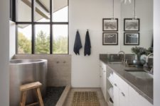 10 A soak tub is placed next to the window to enjoy the views