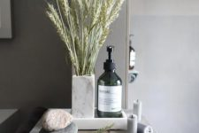 20 a wheat arrangement, some candles and pebbles will make your bathroom feel and look like a fall spa