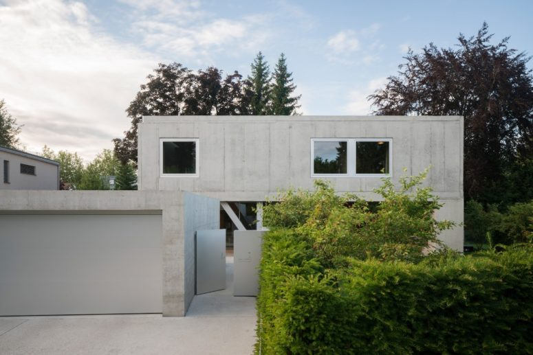 This house is called UF Haus, it's made of all raw materials, where concrete is the main one