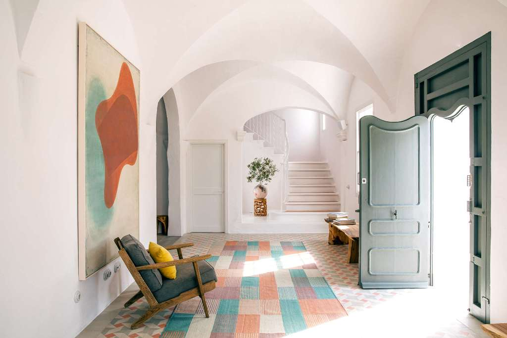 The interiors are done with a mixture of mid century modern and contemporary, in bright but not too much shades
