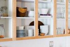14 cabinets with no doors look very stylish and are very comfortable in using, keep them as open as possible