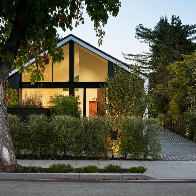 Contemporary California Home With A Peaked Roof